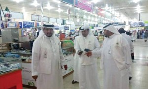24-300x181 120 mobile shops found flouting rules in Riyadh